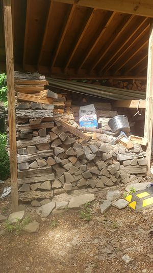 2 + cords of firewood 300.00 for Sale in New Windsor, MD