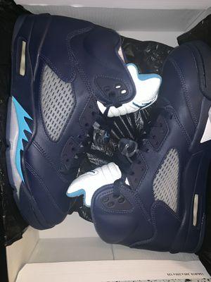 """Jordan Retro 5 """"hornets"""" size 10 for Sale in Manassas, VA"""
