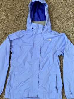 The North Face Girls Rain Jacket for Sale in Lakewood,  WA