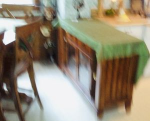 Counter top kitchen table and chairs for Sale in Yorktown, VA