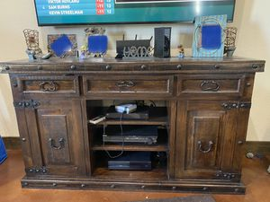 Tv stand and end table for Sale in Pflugerville, TX