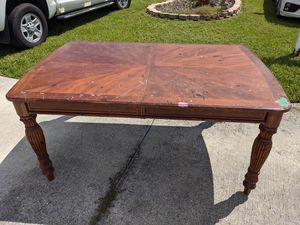 Wood table - needs TLC for Sale in Winter Haven, FL