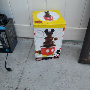 free chocolate fountain works perfectly for Sale in Altamonte Springs, FL