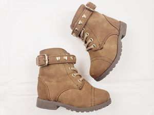Childrens Place Toddler Girls Brown Combat Boots Size 4 Hearts for Sale in Walton Hills, OH