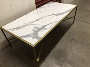 Coffee table 47x24.5H16 for Sale in Las Vegas, NV