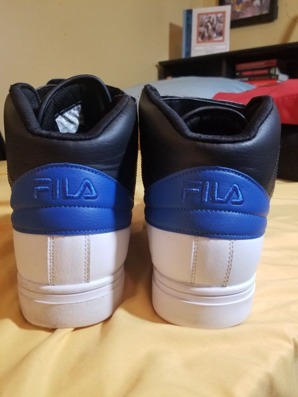 Fila Vulc 13 Size 11.5 Mens Shoes! Pre-owned but Mint!