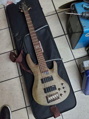 Ltd 5 string fretless bass clean!! for Sale in El Monte, CA