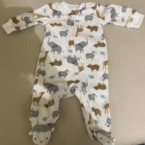 Baby Clothes // New Born And 0 - 3 Months for Sale in Queens, NY