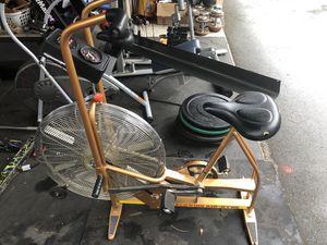 CrossFit dual action Schwinn airdyne exercise bike. big wheel Air dyne assault echo rogue xebex for Sale in Federal Way, WA