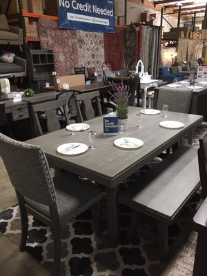 6 PC Dining Set with 4 Chairs and Dining Bench, Grey for Sale in Santa Fe Springs, CA