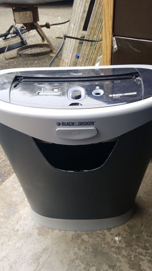 Black and Decker CC800 Paper Shredder for Sale in Kent, WA