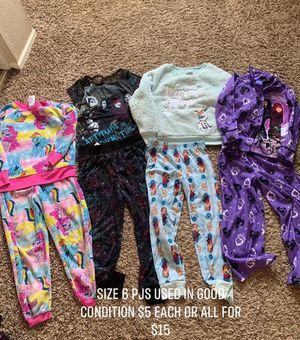 Kids used clothes size and price on picture. Precio y talla en la foto. for Sale in Palmdale, CA