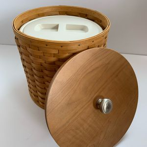 Longaberger Ice Bucket and Basket for Sale in Hamilton, OH
