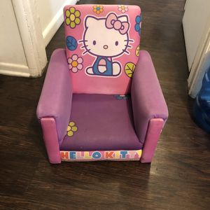 Hello Kitty Chair/ Good Condition / Normal Wear/ Needs Cleaning for Sale in Chino, CA