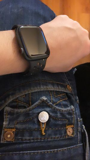 Appel watch series 5 Nike band for Sale in Fresno, CA