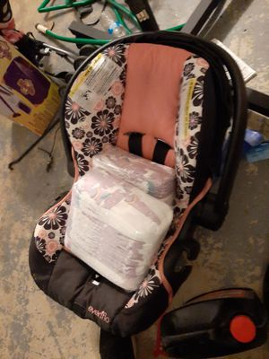 car seat and 3t_ 4t Pampers! for Sale in Garland, TX