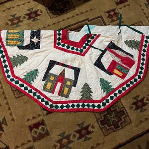 Country Style Christmas Tree Skirt for Sale in Puyallup, WA