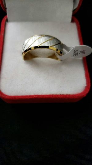 Fashion men's untraid rings mirror polishing rings engagement high quality ring size 10 for Sale in Moreno Valley, CA