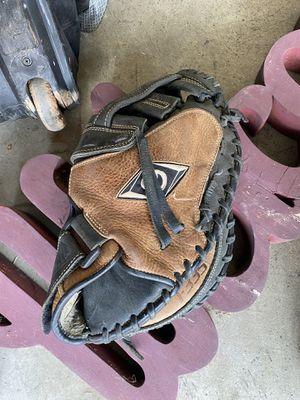 "33"" Diamond Softball catchers glove for Sale in Cerritos, CA"