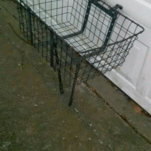 Wald 157B Giant Delivery Basket for Sale in Gonzales, LA