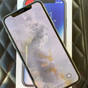 IPhone X White 64GB Unlocked With Limited Warranty for Sale in City of Industry, CA