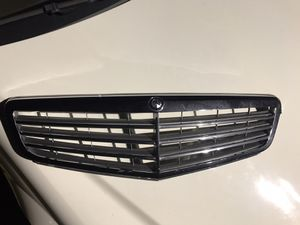 Mercedes Benz S Class Grille for Sale in Queens, NY