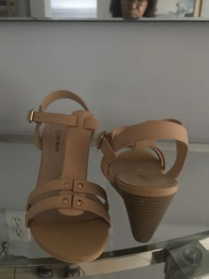 New Nude Sandals wedges new in box Size 6, 7 or 8 for Sale in Miami, FL