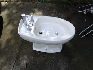 Kholer Bidet for Sale in Stone Mountain, GA