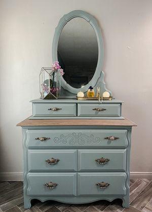 Antique dresser for Sale in Westminster, CA