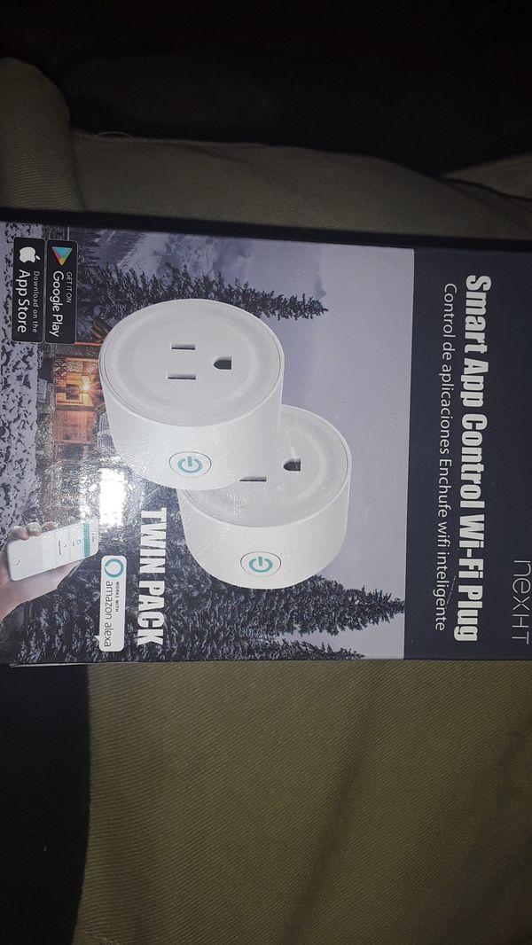 Smart app control WiFi plug