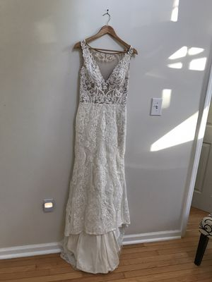 Wedding dress for Sale in Scarsdale, NY
