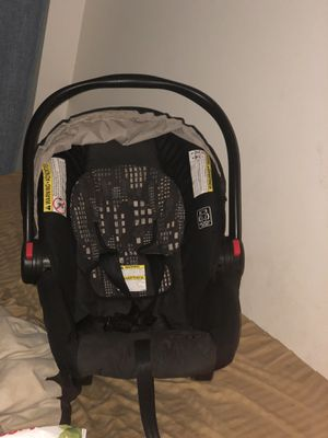 Baby car seat for Sale in Ocala, FL