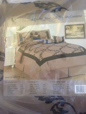 Queen Size Silk Conforter for Sale in Los Angeles, CA