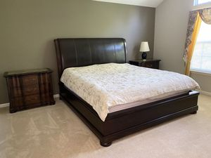 Bedroom set (7 pcs) for Sale in Clarksville, MD