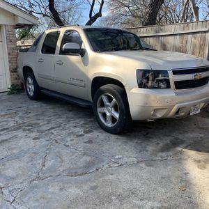2007 Chevy avalanche LTz for Sale in Grand Prairie, TX