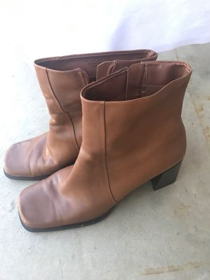Ladies Boots size 7-1/2M for Sale in Oregonia, OH