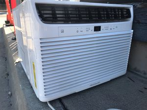 Like new! WINDOW/WALL Cool only ac unit by Frigidaire (used for 2 months only) for Sale in Downey, CA