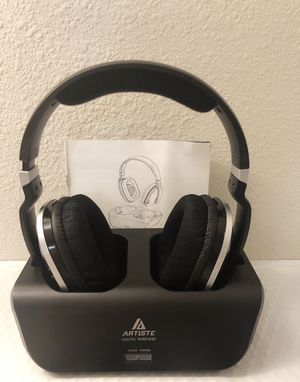 Wireless Headphones Stereo Headsets with Charging Dock for Sale in Riverview, FL