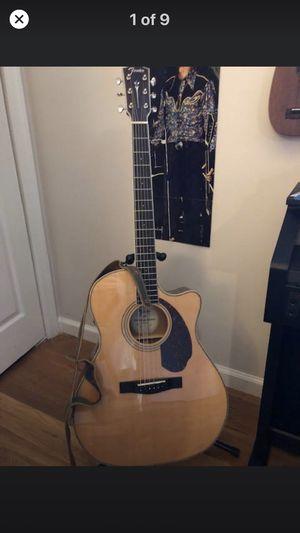 almost new Fender 4CE auditorium acoustic/electric guitar with case for Sale in Woodbridge, VA