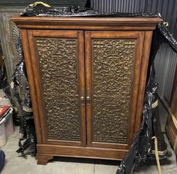 Vintage Armoire With Metal Inlay for Sale in Winfield,  NJ