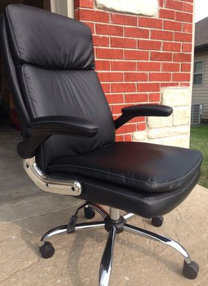 Ergonomic office chair with foldable arms for Sale in Columbia, MO
