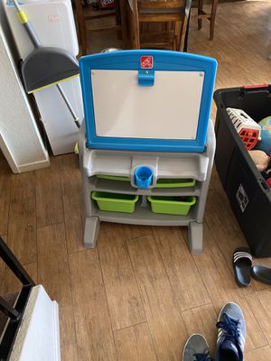 Step 2 easel desk with stool for Sale in Anaheim, CA