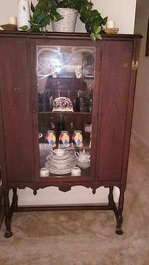 Antique china cabinet for Sale in Dale City, VA