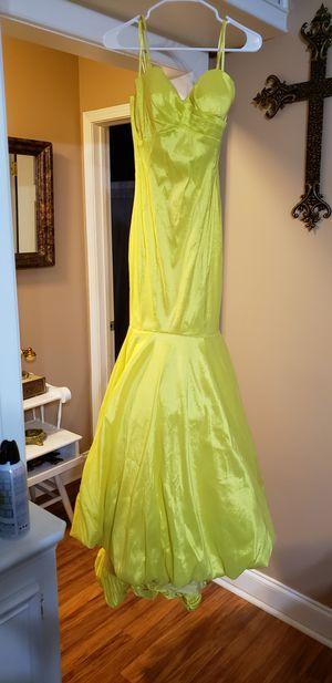 Prom dresses for Sale in Brandon, MS
