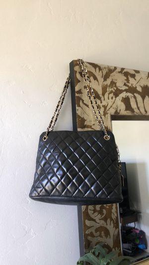 Chanel shoulder bag for Sale in Spring Valley, CA