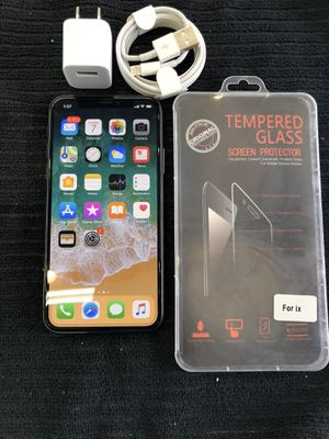 iPhone X Unlocked with a 30 Day Warranty! for Sale in Los Angeles, CA