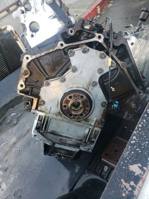 6.0 off my 2005 GMC sierra had a knocking sound for Sale in Los Angeles, CA