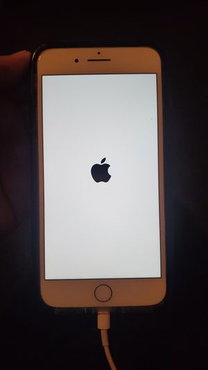 Red iPhone 7plus 128gb Unlocked for Sale in Long Beach, CA