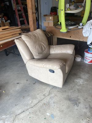 Free recliner for Sale in West Linn, OR