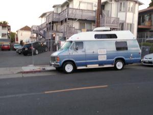 Dodge b 350 camper van for Sale in Daly City, CA